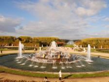 krásna fontána v zámockom parku